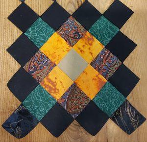 senovinis lietuviškas skiautinis pasiūtas iš kvadratų